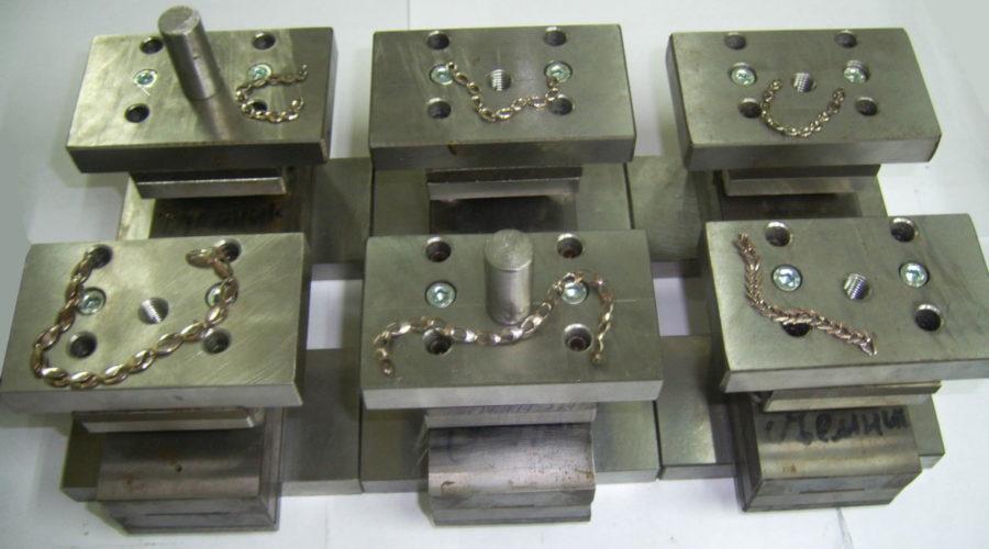 Штампованные браслеты, цепи ручной сборки